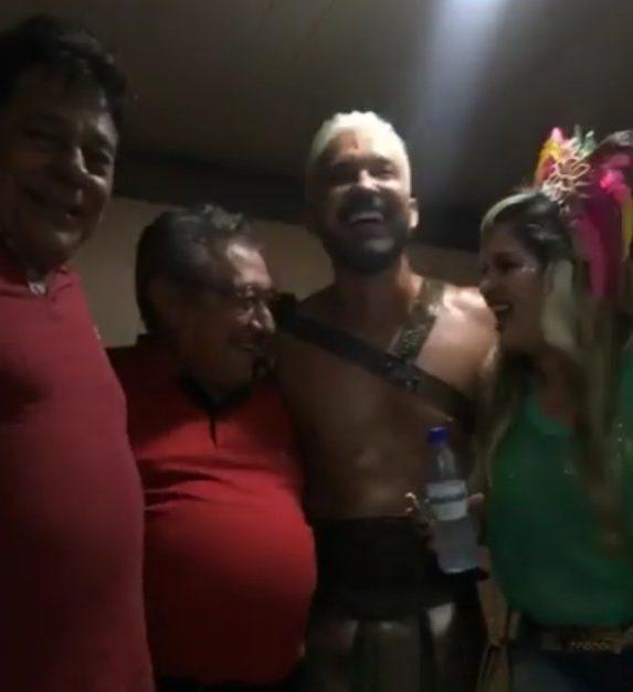 Screenshot 20180208 093232 e1518094969758 - CARNAVALESCO: senador Maranhão desce Avenida seguindo trio nas Muriçocas do Miramar