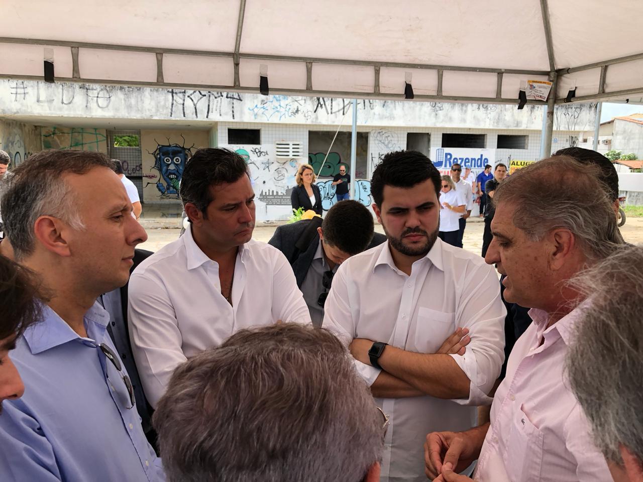 WhatsApp Image 2018 02 05 at 10.41.16 1 - Deputado Aguinaldo Ribeiro acompanha ministro dos Transportes, Maurício Quintela, durante visita à Campina Grande
