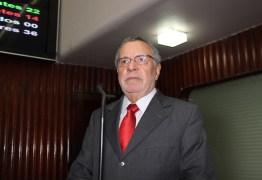 Deputado Carlos Batinga reassume na Assembleia Legislativa da Paraíba