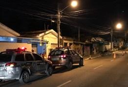Motociclista passa mal e morre após atropelar mulher em João Pessoa