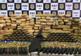 PRF apreende meia tonelada de maconha e dez mil munições