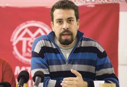 VEJA VÍDEO: Militarização aumenta a criminalização da pobreza, diz líder do MTST