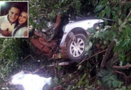 Cantora morre e namorado fica ferido em acidente em MT