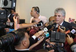 Ricardo assina convênios com municípios para construção de escolas