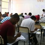 concurso abr 3 696x464 - Prefeitura abre inscrições para concurso com 259 vagas e salário até R$ 6 mil