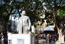 Sabadinho Bom tem show de escola de samba neste sábado em João Pessoa