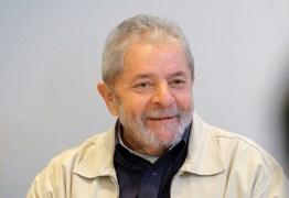 Juiz libera passaporte do ex-presidente Lula