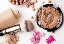 Dicas essenciais de maquiagem para mulheres acima dos 40 anos