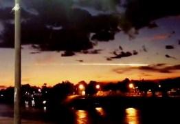 Autoridades tentam desvendar mistério da 'bola de fogo' que cruzou o céu no Acre – VEJA VÍDEO