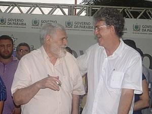 ricardo e luiz couto 300x225 - VEJA O VÍDEO: Luiz Couto garante que não desistiu de disputar o Senado Federal