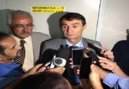 Líder do Romero na CMCG lamenta isolamento que Ruy deu ao prefeito tucano