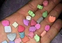 FAKENEWS: Nova droga está sendo dada a crianças na escola? Entenda caso