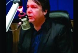 REMOÇÃO DE AMBULANTES: 'Não estamos agindo contra os vendedores', afirma secretário Zenedy Bezerra