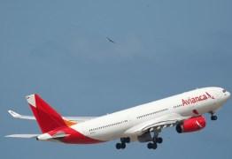 Passageira relata assédio em voo