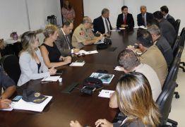 Secretários da Segurança da PB, de PE e do RN discutem enfrentamento de explosões a banco no NE
