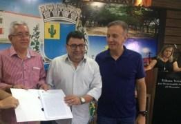 Aguinaldo cumpre agenda administrativa em Soledade e anuncia liberação de mais recursos