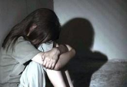 Ex-presidiário é preso acusado de abusar sexualmente a enteada de 9 anos