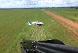 Avião com meia tonelada de cocaína é interceptado pela FAB