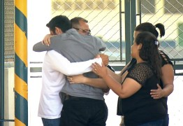 Pai é solto após ser condenado injustamente por abuso de filhos