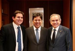 Lira e Hugo Motta vão ao Ministério da Educação tratar da renovação da frota escolar de São Bento