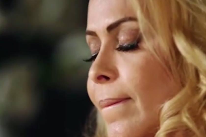 joelma - VEJA VÍDEO: Joelma chora ao lembrar que mãe era espancada pelo pai