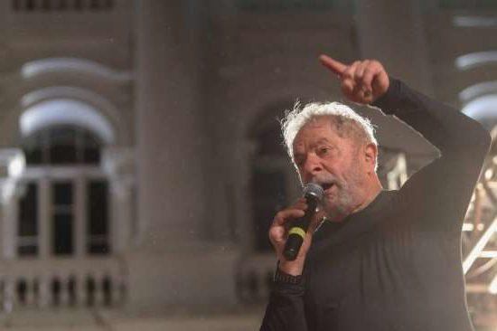lula ato e1522324652960 - Lula lança manifesto e define candidatura como compromisso da sua vida