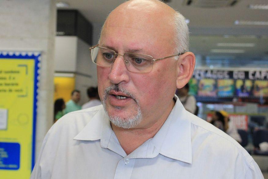 marcos henriques walla santos - Vereador Marcos Henriques apresenta projetos que visam a proteção de servidores, bancários e comerciários