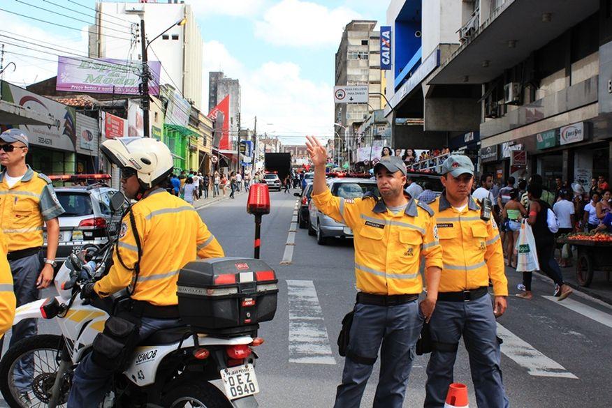 FOLIA DE RUA: Semob altera trânsito e reforça transporte coletivo para desfile do Cafuçu