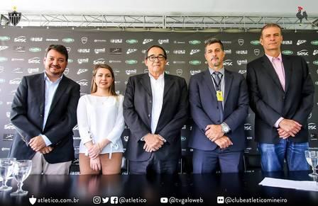 xbebeto de freitas atletico mg.jpg.pagespeed.ic .EA  uCpbeZ - Morre ex-técnico da seleção brasileira de vôlei  Bebeto de Freitas