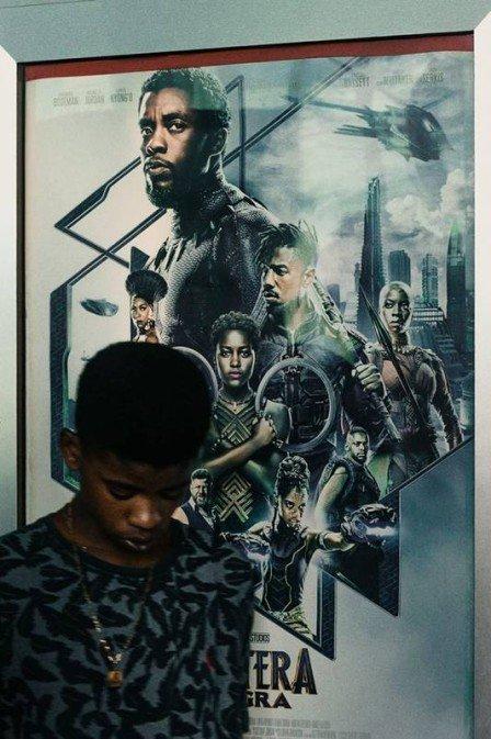 xrenato.jpg.pagespeed.ic .VgJZEiuqEh - Criança volta a estudar depois de assistir 'Pantera Negra'
