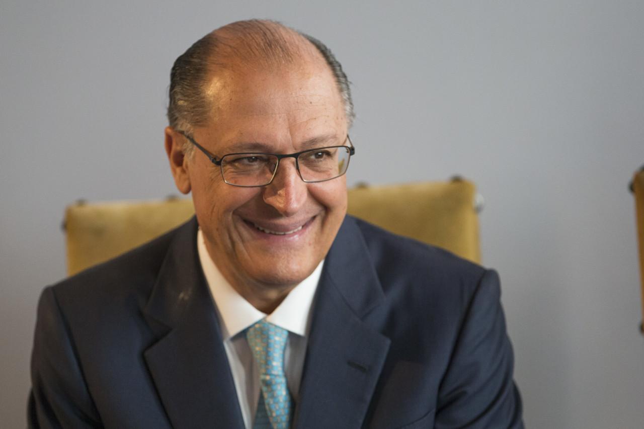 10142091 - PORTE DE ARMAS: Geraldo Alckmin volta a defender armamento de produtores rurais