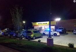 VIOLÊNCIA: Homem nu atira e deixa mortos em restaurante