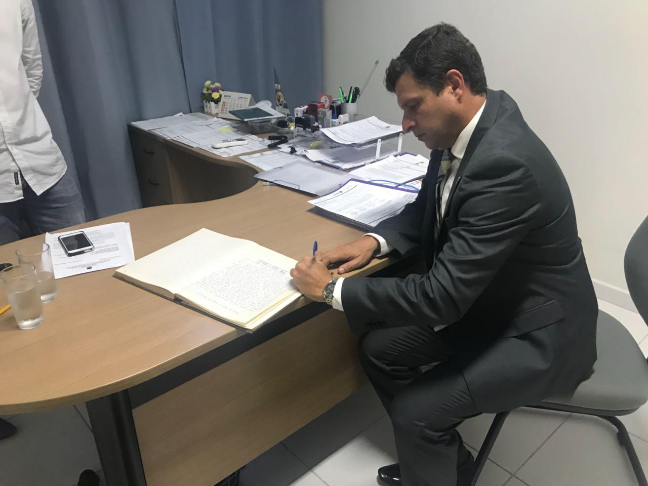 93ab28ed 6e09 4c59 bd07 a67ed79f86fa - Vítor Hugo cancela contrato com empresa de segurança envolvida na Operação Xeque-Mate