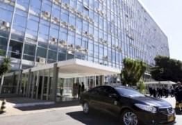 Comissão do Senado aprova projeto que restringe uso de carros oficiais