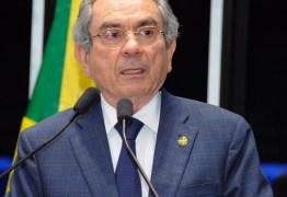 CONTINUA NA OPOSIÇÃO: Senador Raimundo Lira nega aproximação com João Azevedo