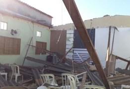 Teto de igreja desaba e deixa sete pessoas feridas