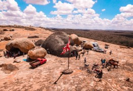 DESTAQUE NACIONAL: Elenco de 'Onde Nascem os Fortes' exalta a beleza do semiárido paraibano