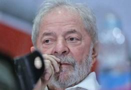 Ministros do TSE avaliam hipótese de negar 'de ofício' candidatura de Lula