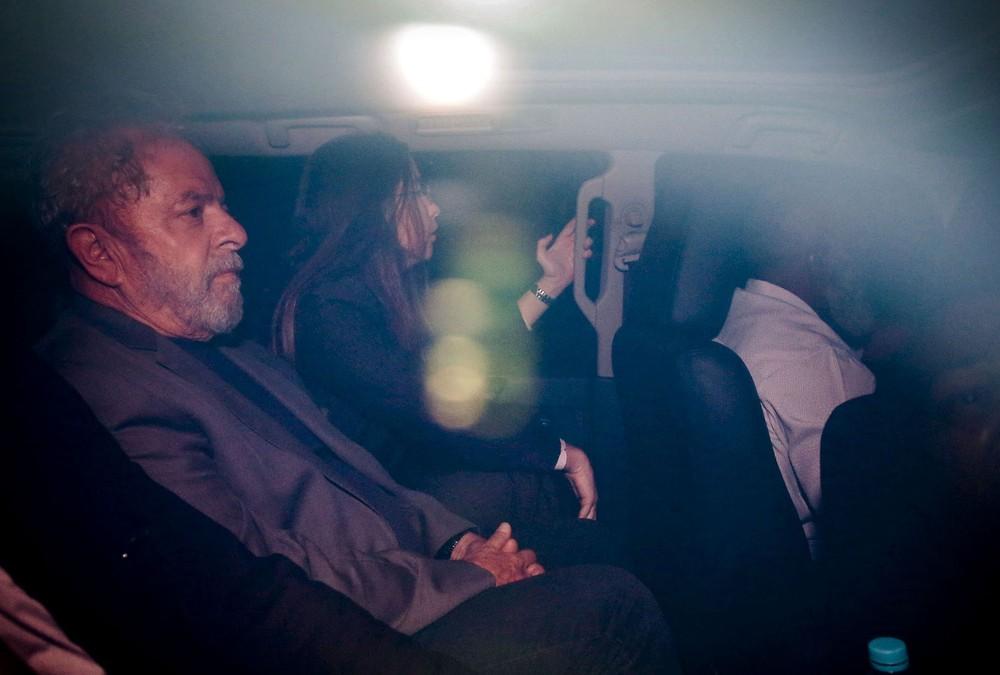 lula 4 - Defesa de Lula tem até 23 de abril para recorrer a STJ e STF contra condenação no caso do triplex