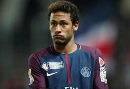 Neymar foi o jogador que mais sofreu faltas na França: 104 em 20 jogos