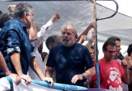 LE MONDE: Manifestos defendem liberdade a Lula e sua candidatura no Brasil