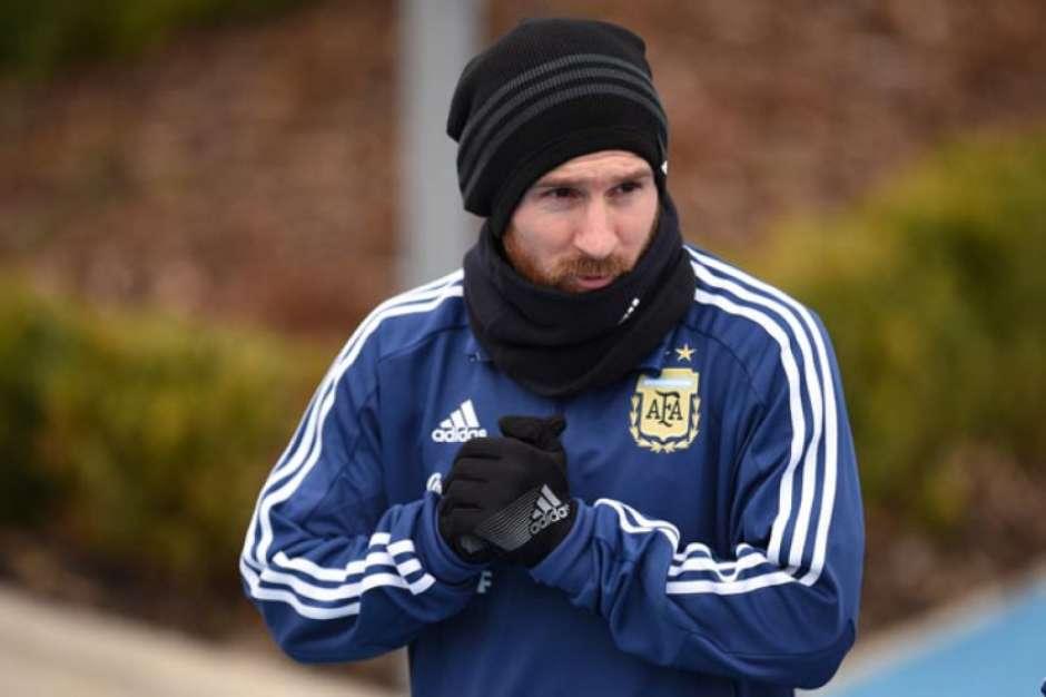 5ab50ebeee0b3 - Messi descarta favoritismo da Argentina: 'Não somos os melhores'