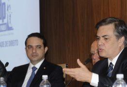 Cássio exorta Senado a contribuir com soluções para crise que afeta o país