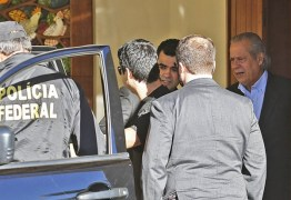 Ex-ministro José Dirceu se entrega e vai para a Penitenciária da Papuda