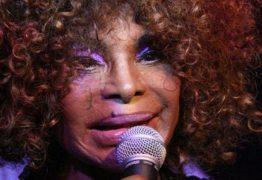 """No Auge dos seus oitenta anos, a cantora Elza Soares traz sua nova turnê """" A voz e a maquina"""" para a capital Paraibana."""