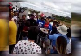 Protesto termina em forró pé de serra no Sertão da Paraíba; assista ao vídeo