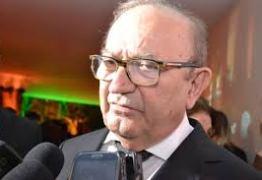 Presidente da FIEP: '45% da indústria brasileira está paralisada'