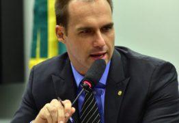 Líder do MTST vai processar Eduardo Bolsonaro por associar movimentos de sem-teto a facções criminosas