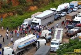 Governo diz que já começou a aplicar multa de R$ 100 mil por hora pra conter greve