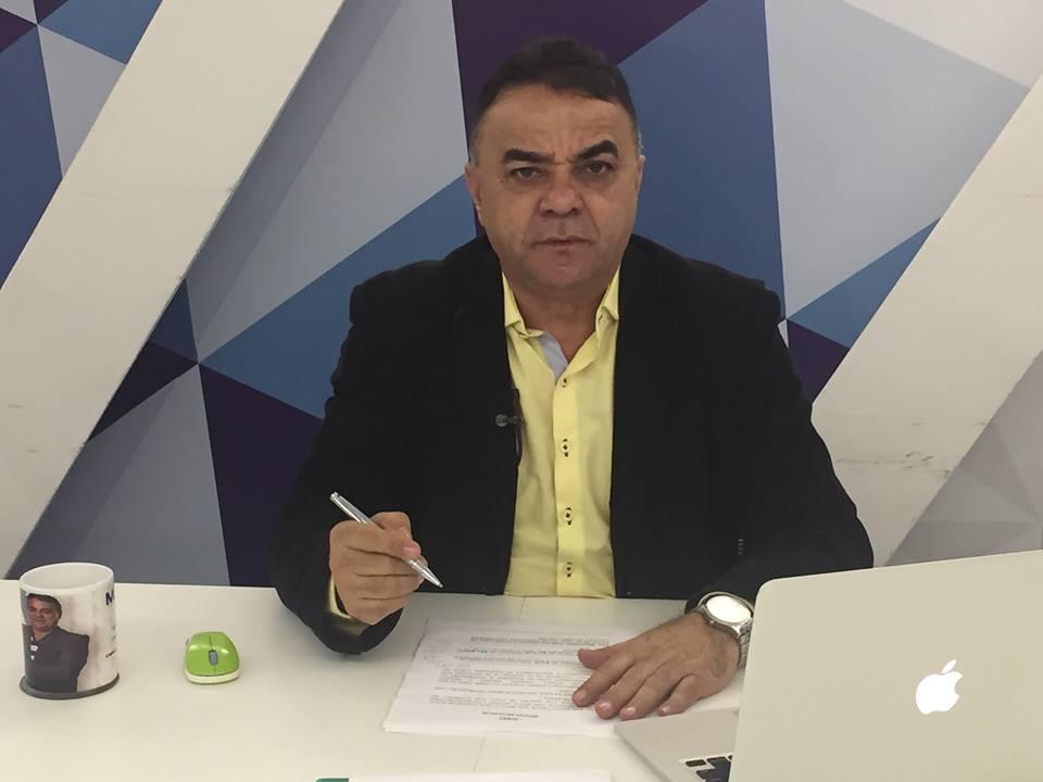 gutemberg cardoso preto amarelo caneta na mão - VEJA VÍDEO: A única dúvida que resta na política paraibana - Por Gutemberg Cardoso